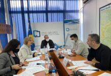 Nezavisna komisija za medije, NKM, kazne za televizije, ATV, TV Festina, TV Puls, TV Most, RTK 1, TV 21, TE7, Kanal 10, Klan Kosova