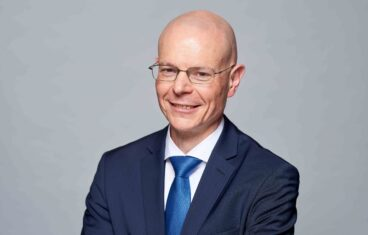 BEREC, Digitalno desetljeće u EU, Michel Van Bellinghen,Centar za regulativu u Europi,promicanje pune povezanosti za potrošače