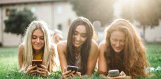 Pew Research Center, Facebook, ovisnost o društvenim mrežama, TikTok, Twitter,
